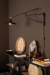 Wandlamp Hector Zwart - Dutchbone