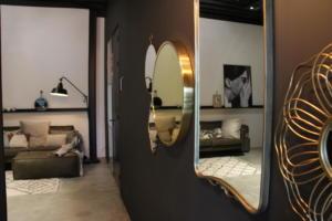 Gouden spiegel wand